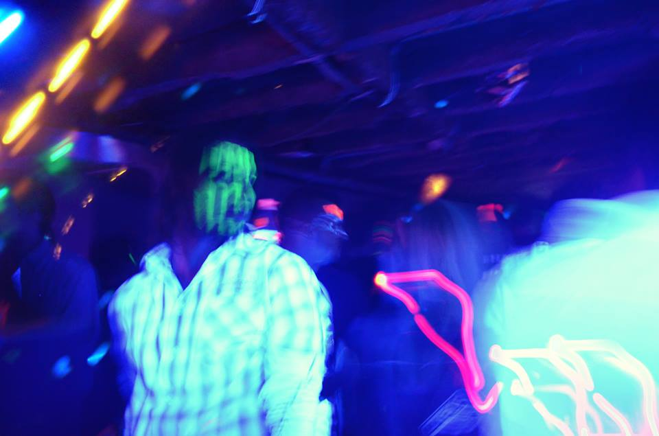 Neon-party1