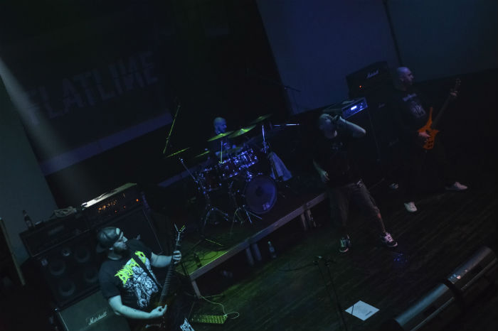 Flatline (19)