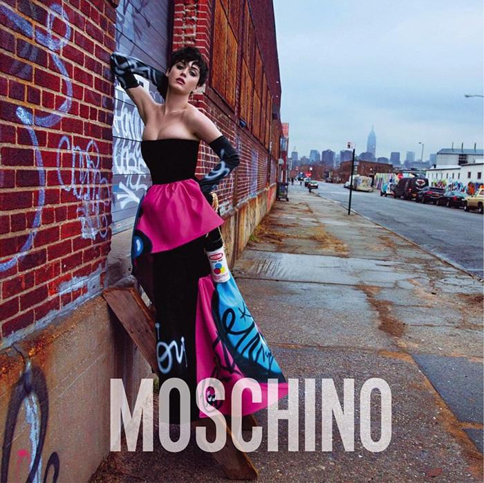 Katy-Perry-Moschino-FW15-6