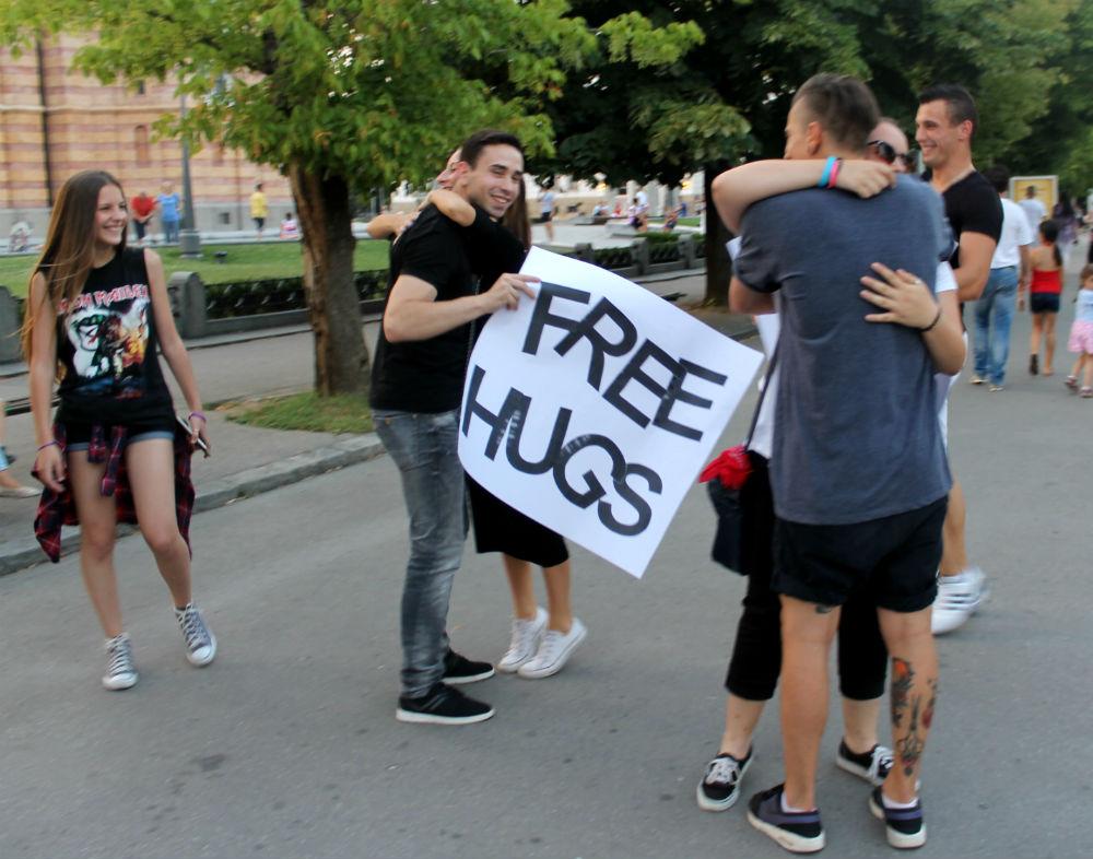 Free Hugs Banja Luka (17)