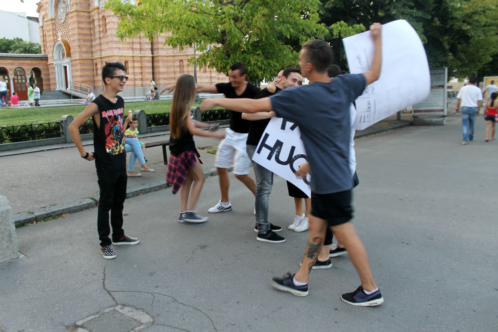 Free Hugs Banja Luka (18)