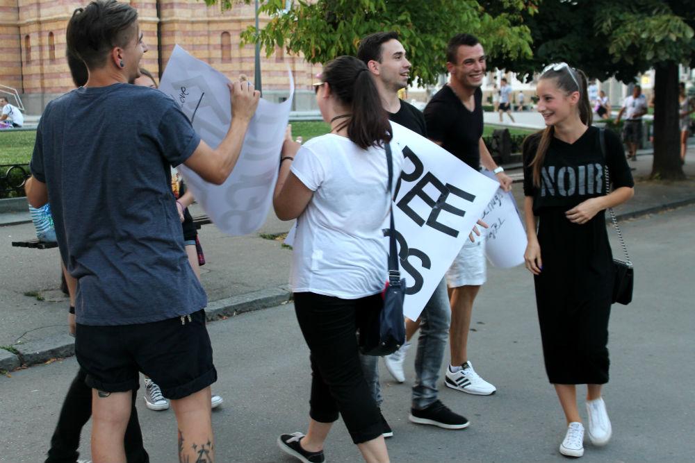 Free Hugs Banja Luka (19)