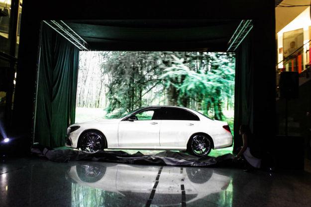 Mercedes-Benz E-Klasa (1)