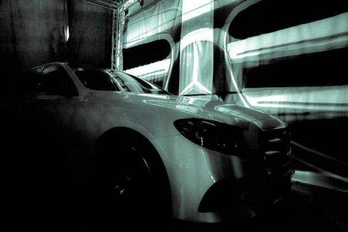 Mercedes-Benz E-Klasa (11)