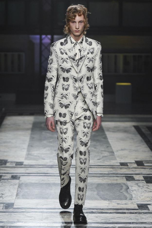 Alexander McQueen Fall 2016 Menswear