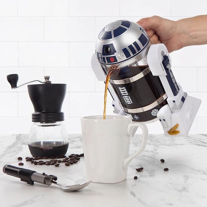 r2d2-kafe-aparat-1