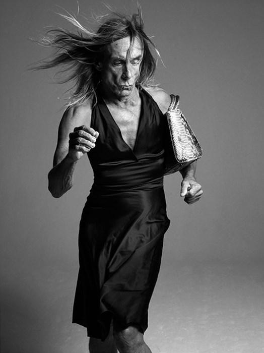 Koktel haljina i Dior torbica / T Magazine, 2011 / foto_Mikael Jansson / za T magazin je izjavio kako ga nije sramota nositi žensku odjeću, jer nije sramota biti žena.