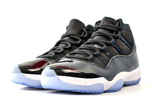 jordan-11-space-jam-shoes