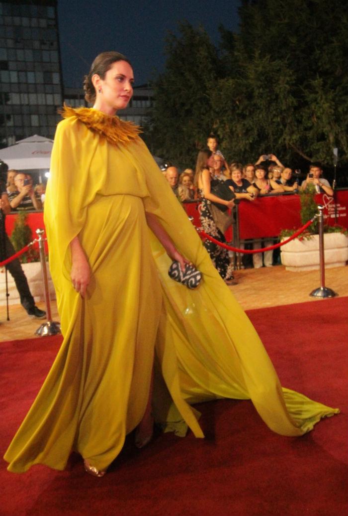 Sarah Čerkez / haljina Amira Pertesi