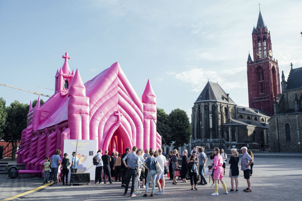 The Pink Church by Waardengedreven_photo Ginger Bloemen_1