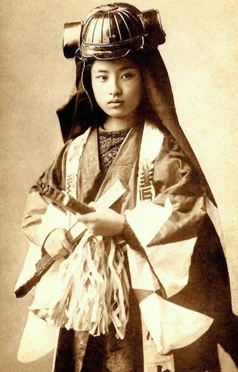 Onna-bugeisha_zene samuraji (9)