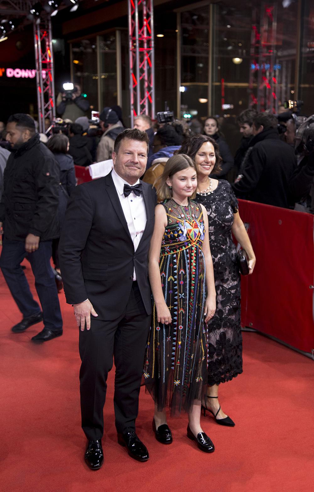 glumica Anna Pniowsky sa roditeljima / foto_Senka Ćatić/Spektroom/FBL