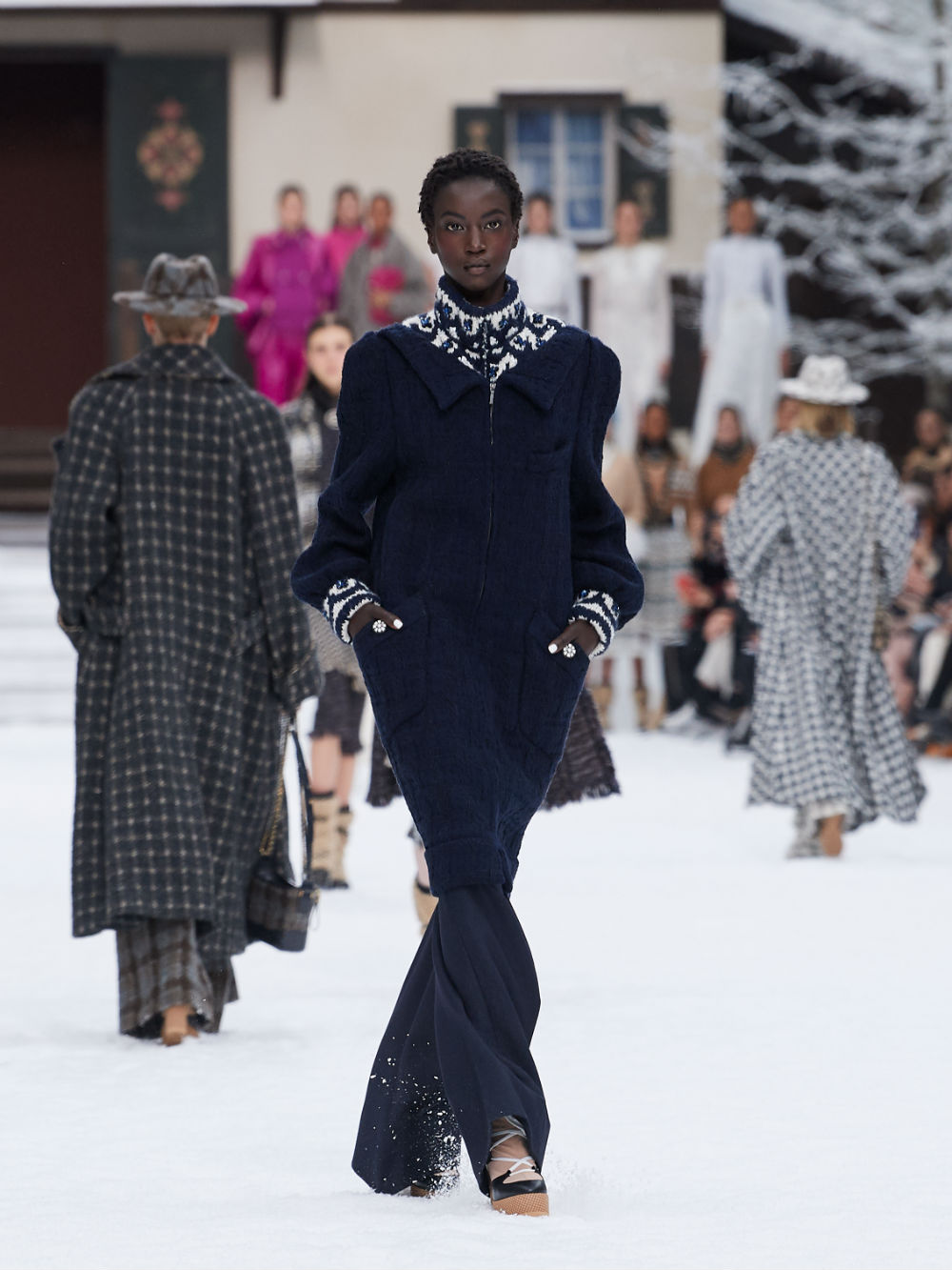 FALL-WINTER 201920 READY-TO-WEAR COLLECTION (12)