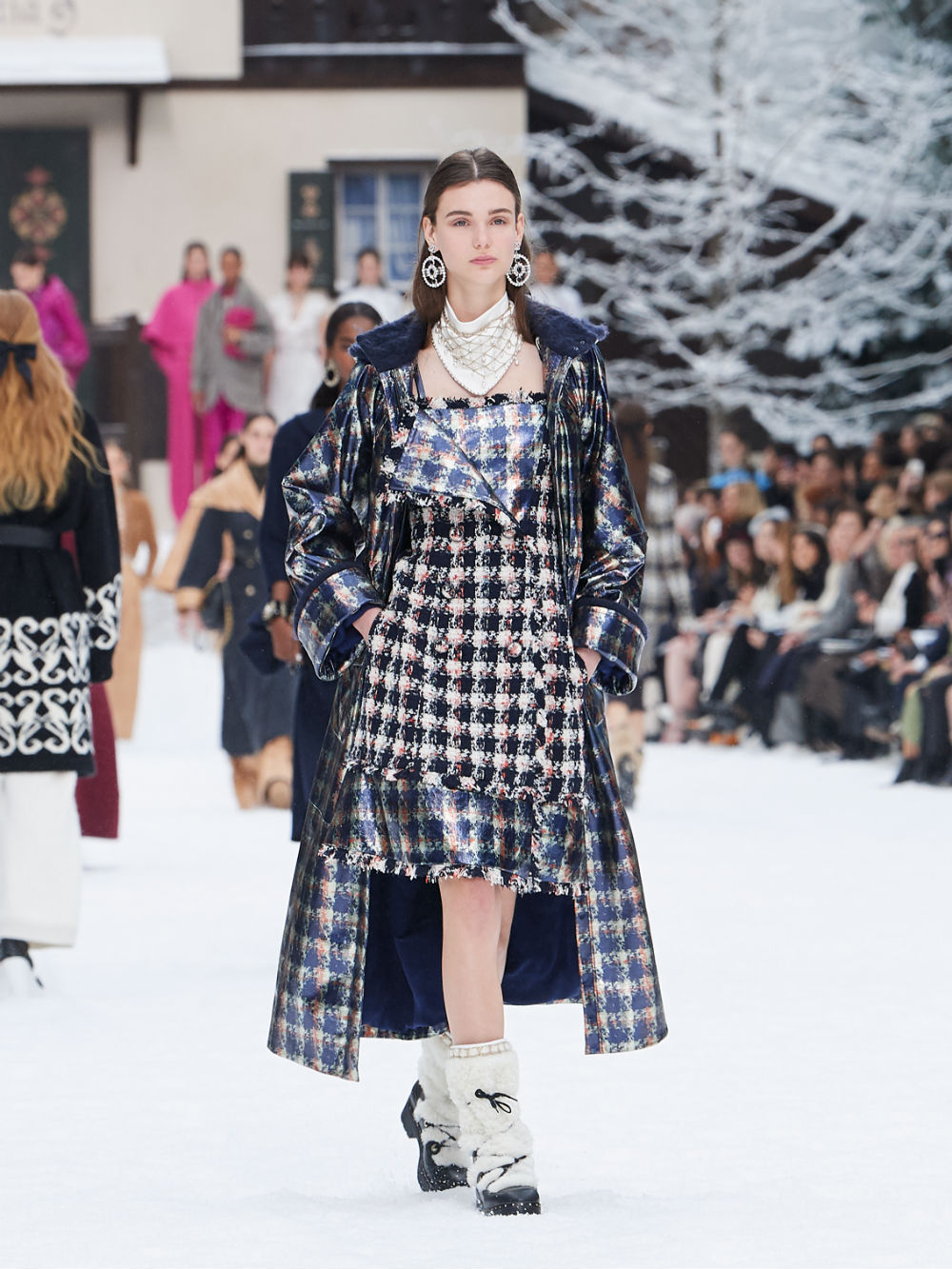 FALL-WINTER 201920 READY-TO-WEAR COLLECTION (25)