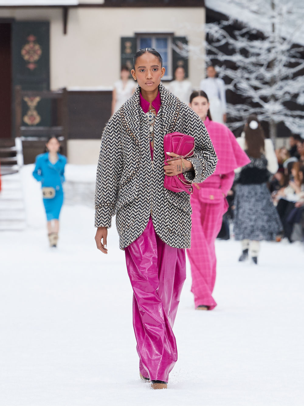 FALL-WINTER 201920 READY-TO-WEAR COLLECTION (31)