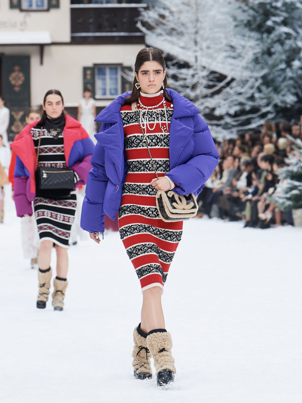 FALL-WINTER 201920 READY-TO-WEAR COLLECTION (36)