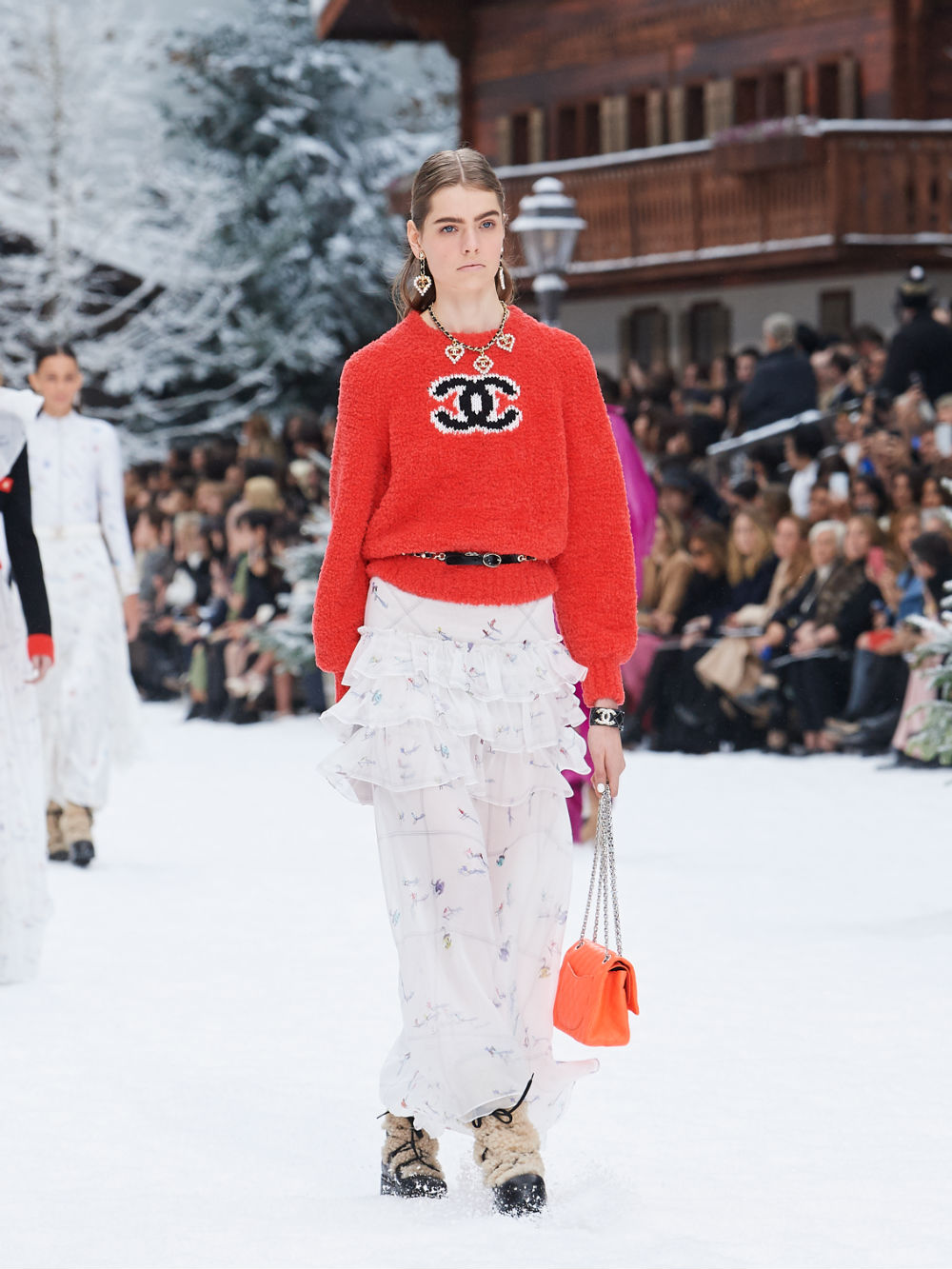 FALL-WINTER 201920 READY-TO-WEAR COLLECTION (37)