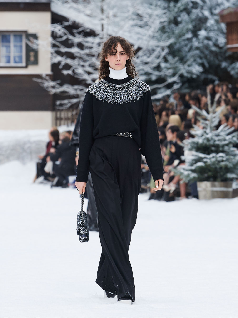 FALL-WINTER 201920 READY-TO-WEAR COLLECTION (40)