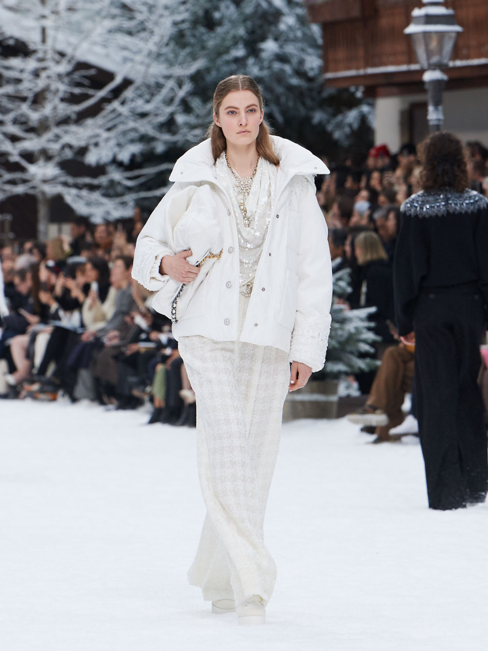 FALL-WINTER 201920 READY-TO-WEAR COLLECTION (47)