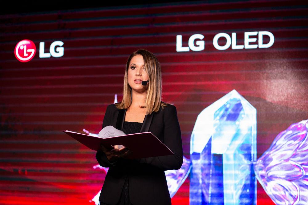 LG OLED Medeja (15)