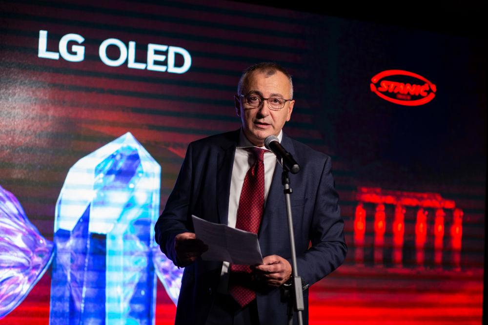 LG OLED Medeja (18)