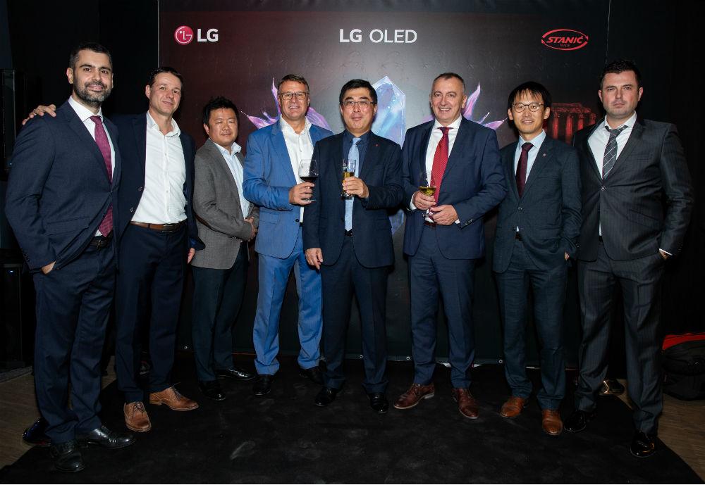 LG OLED Medeja (33)
