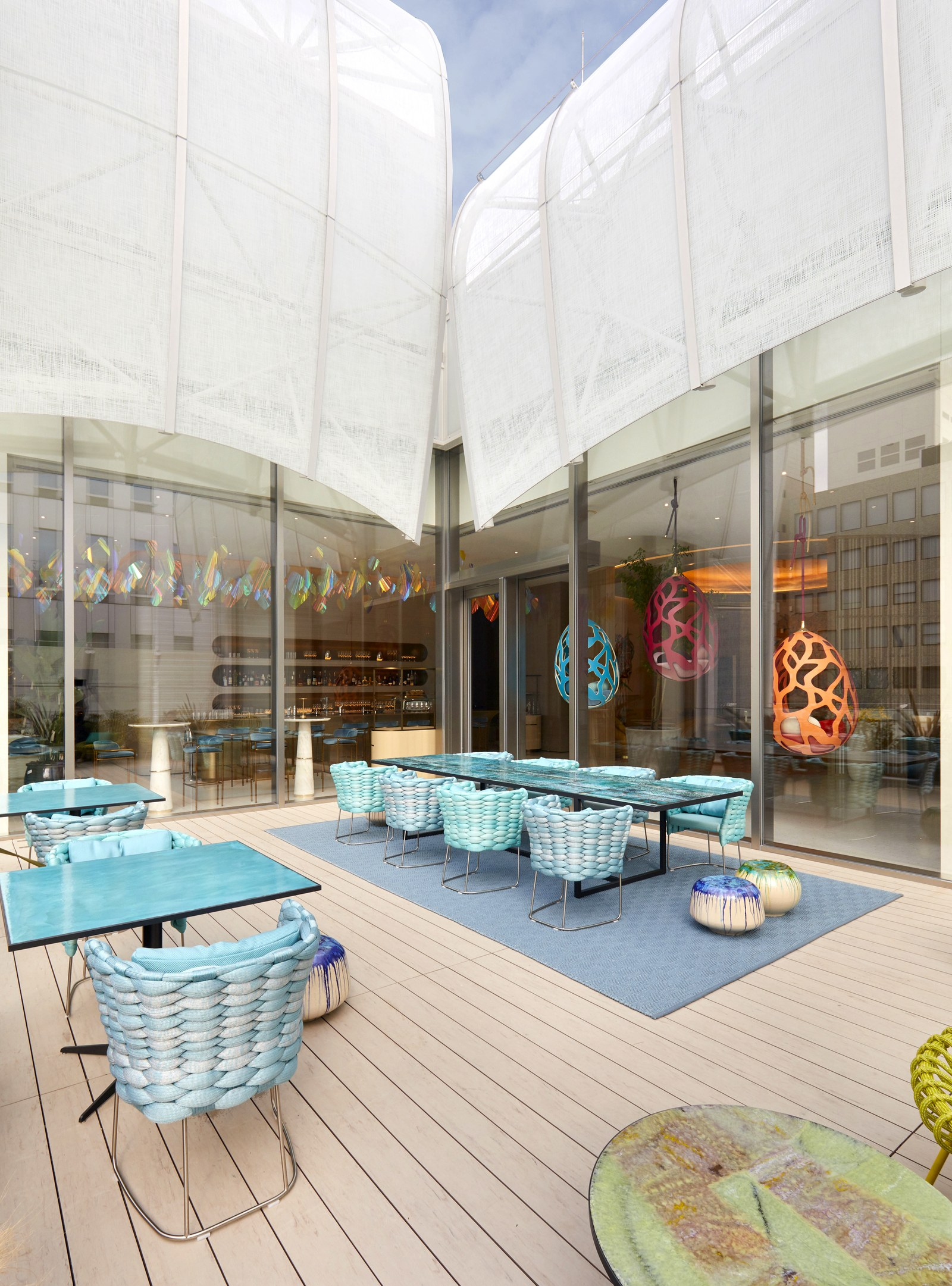 Louis Vuitton restoran (3)
