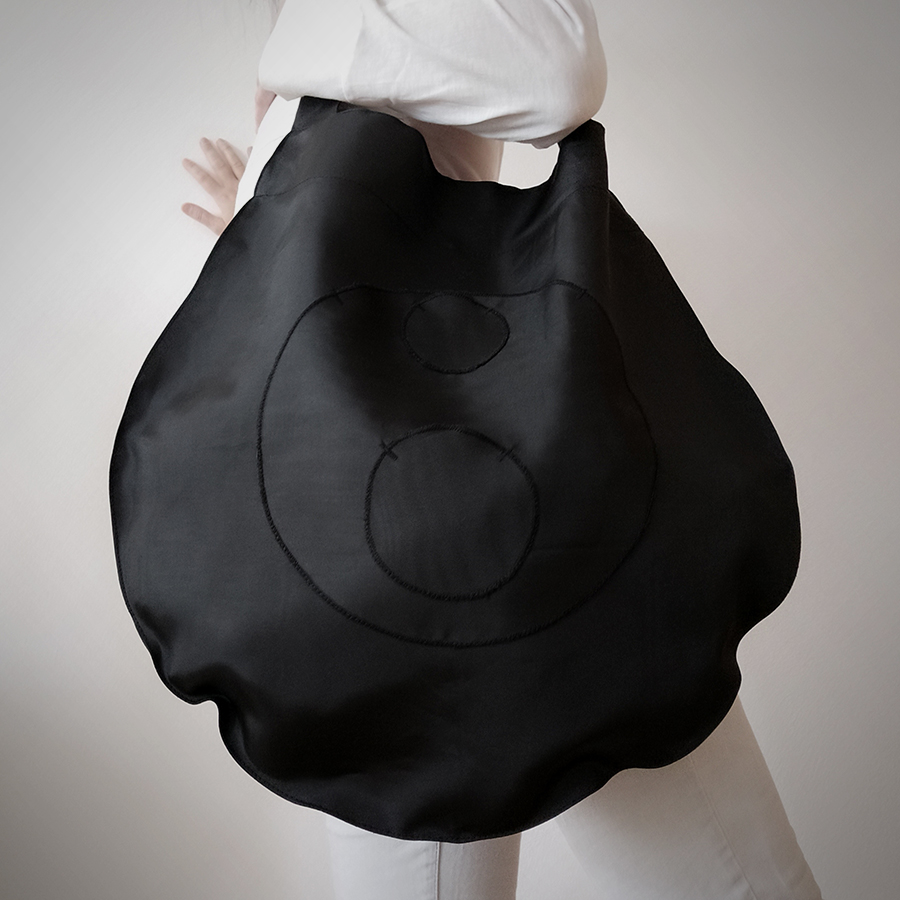 02 ATA crna torba